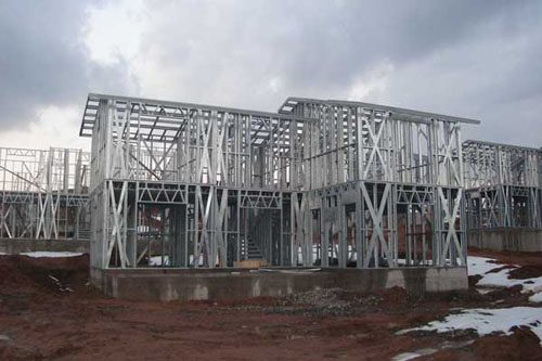 Здания на основе облегчённого металлического каркаса в Тюмени